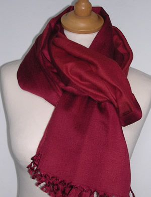 PD081 - Pashmina Cashmere & Silk Two Colour Shawl with a short tied fringe. Size  70 x 180 cms   Price £39.95